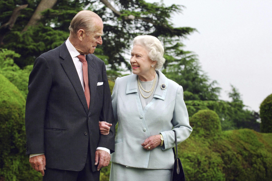 """The Queen feels a """"great emptiness"""" after the death of Prince Philip"""