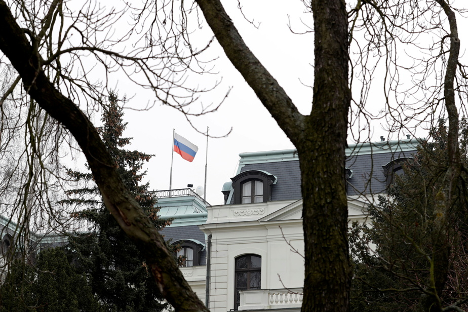 Espionage  The Czech Republic expels 18 workers from the Russian embassy