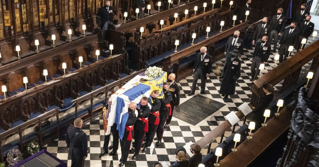 The royal family paid a sober tribute to Prince Philip - rts.ch