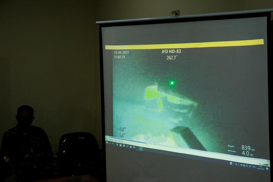 Indonesia |  Submarine found, 53 crew members die
