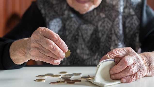 $ 500 check in August for retirees 75 years of age and older |  Corona Virus