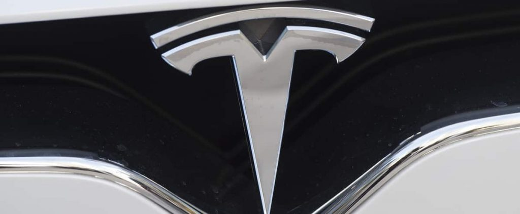 A fatal accident with a Tesla self-driving car, apparently