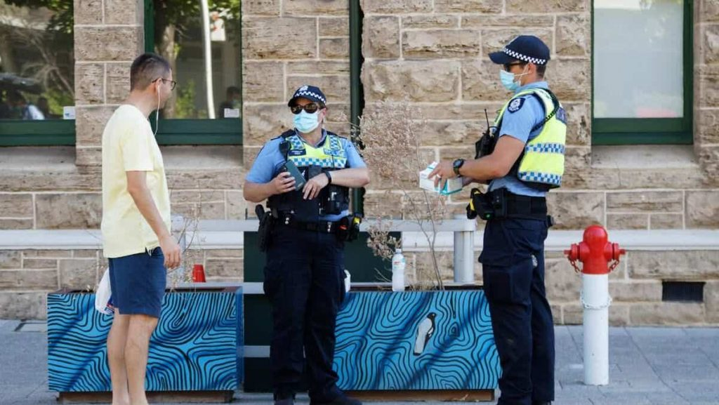 Australia: 3 days in confinement in Perth after quarantine-related pollution