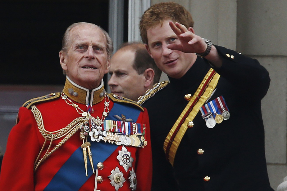 United Kingdom |  Harry and William pay tribute to their grandfather Philip
