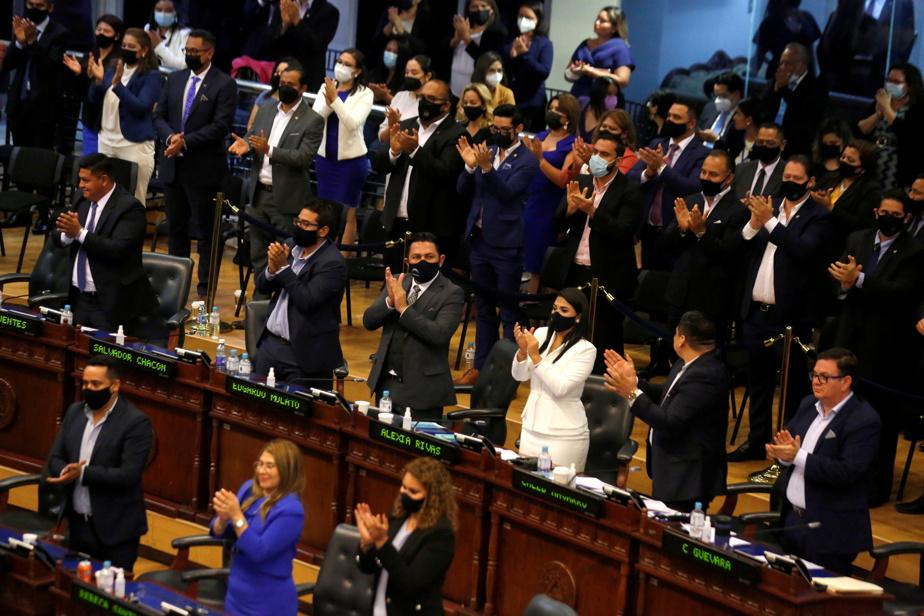 Salvador |  The dismissal of Supreme Court judges raises a political crisis