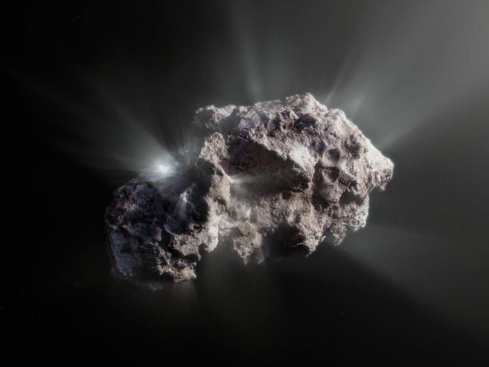Comet 2I / Borisov looks like a porous rock.