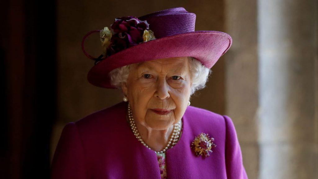 A cousin of Queen Elizabeth II managed to get into Vladimir Putin's retinue