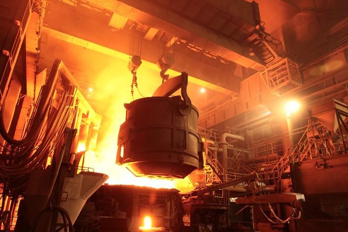Britain's financial corruption threatens French steel mills