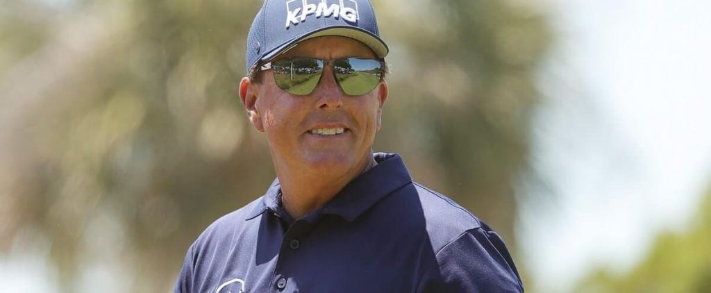 Phil Mickelson writes a page out of history
