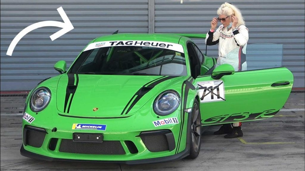 The coolest grandmother in the Porsche 911 GT3 RS in Monza