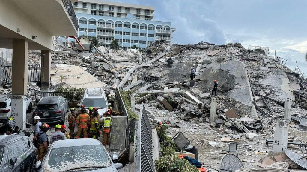 A collapsed building in Florida: 'Structural damage' observed in 2018