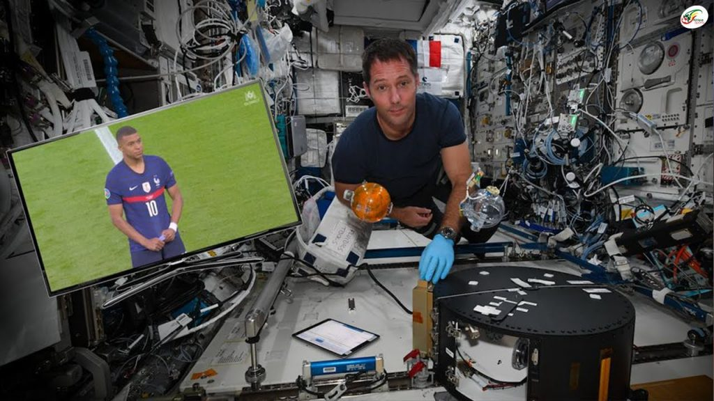 Amazing, an astronaut watched the Portugal-France match from space