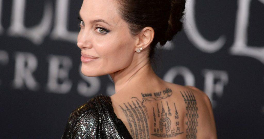 Angelina Jolie: New tattoo heavy with meaning .. Brad Pitt still takes it up his rank!
