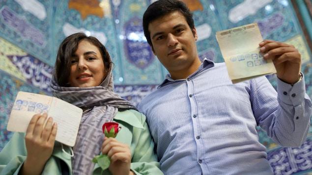 Iran elections: polls close at 2 am.