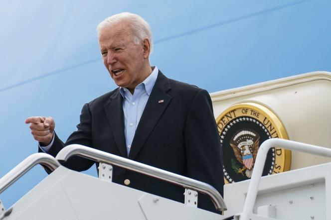 US President Joe Biden leaves the Andrews Base (Maryland) on June 9, 2021 aboard the Air Force One.  His flight will take him to the United Kingdom, Belgium, and then to Switzerland, his first foreign trip since his presidency.