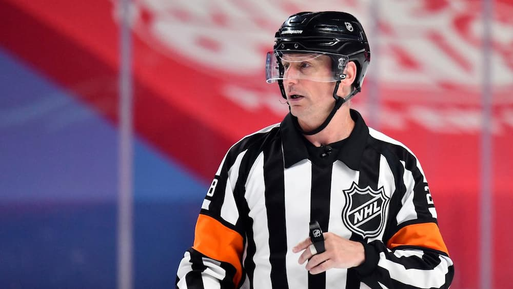 Shock of confidence in refereeing - TVA Sports