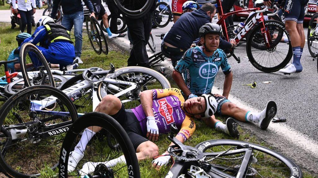 Tour de France: Judicial investigation launched against offending spectator