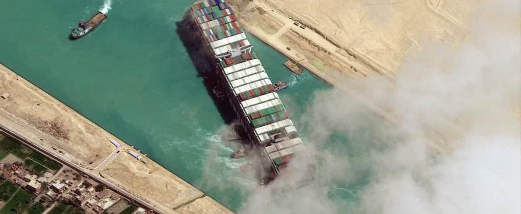 Agreement to release the ship that closed the Suez Canal
