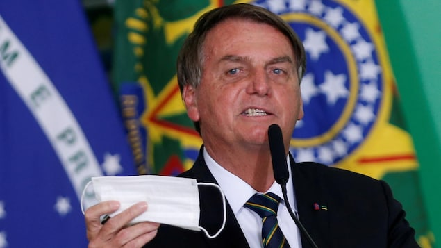 Brazil: Bolsonaro leaves hospital after four days of treatment