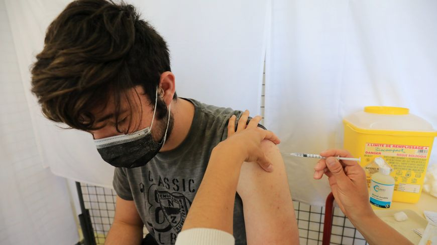 La vaccination est ouverte pour les adolescents à partir de 12 ans (photo d'illustration)