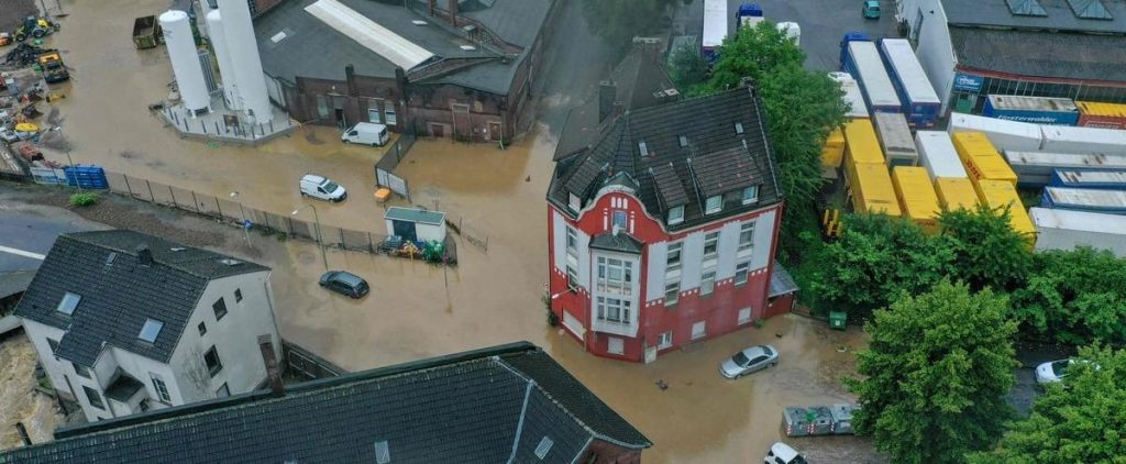 [EN IMAGES] Uprooted trees and floods: Germany was hit by severe thunderstorms