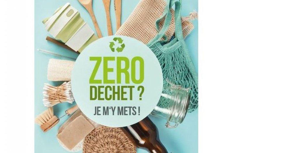Lucille Gillibert Kaitukoli talking about zero waste at the Kwai 29 Cultural Center in Fosnan Pluveen - Pluveen