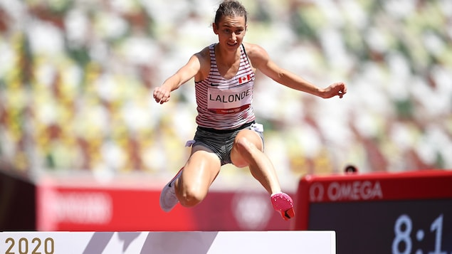 Genevieve Lalonde breaks Canadian record to advance to 3000m hurdles final