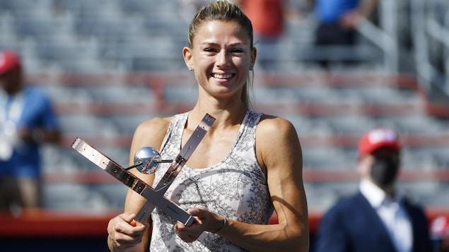 Camila Giorgi stuns Karolina Pliskova in the National Bank Open final