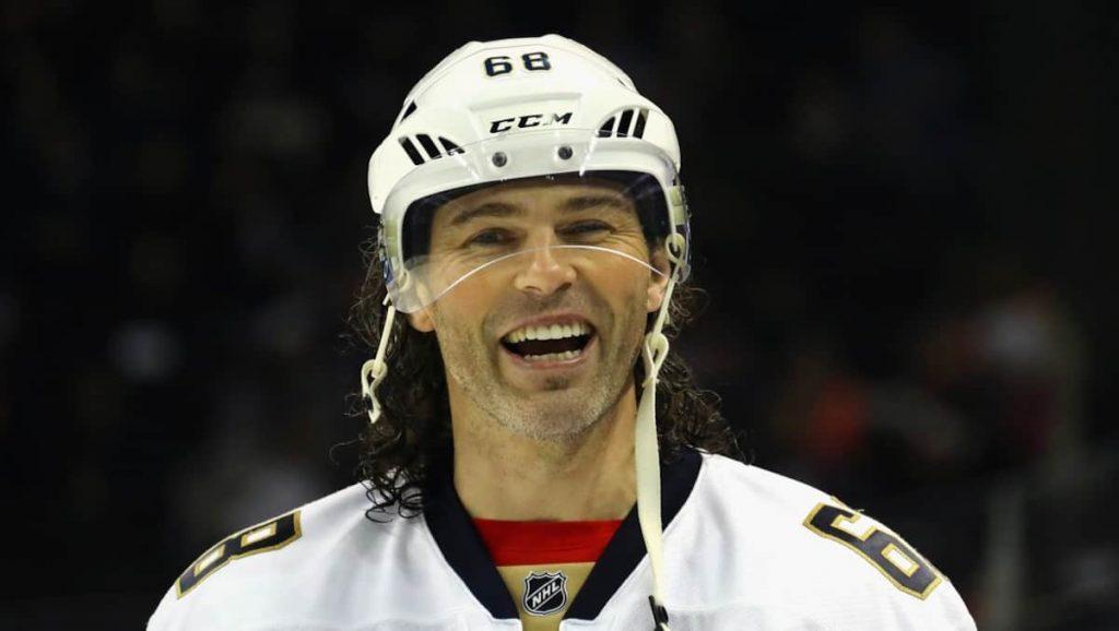 Jaromir Jäger: Almost 50 years old and still on the ice
