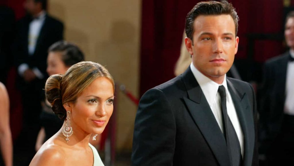 Jennifer Lopez and Ben Affleck are becoming inseparable
