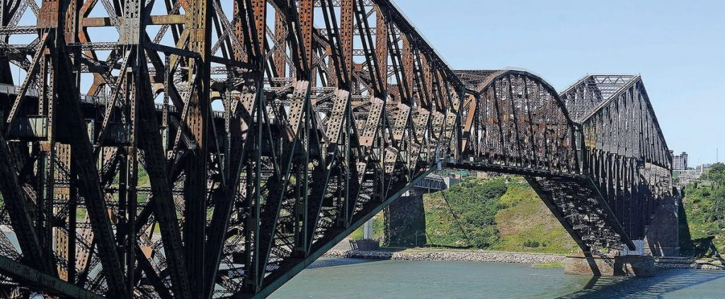 Quebec Bridge purchase delayed due to federal elections