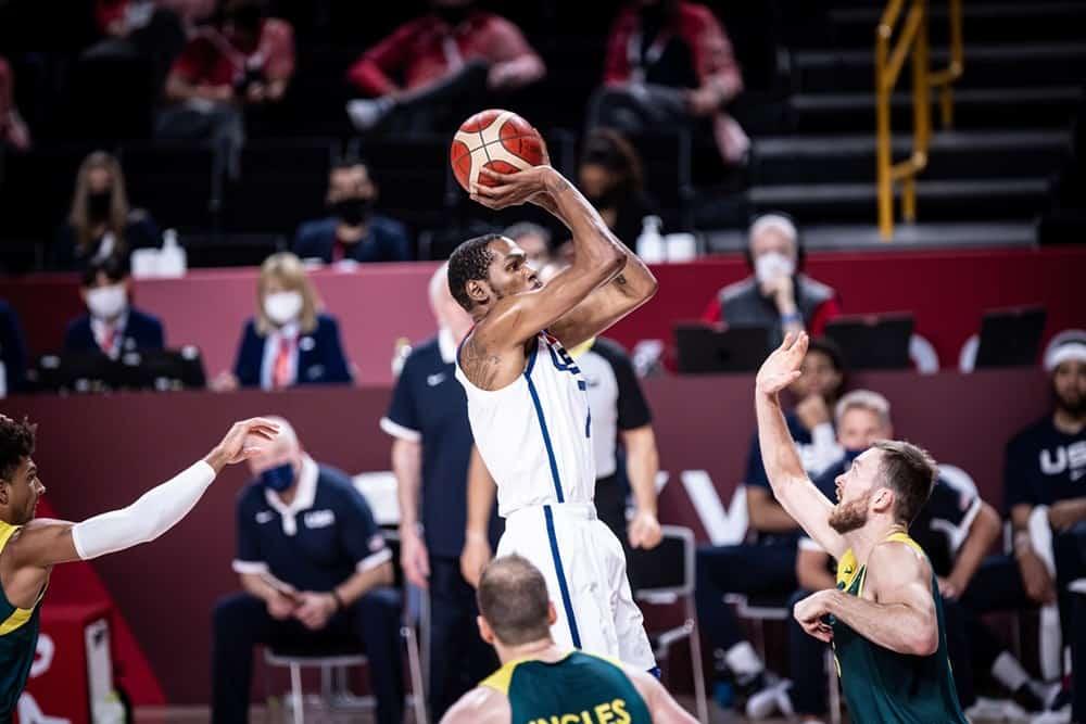 Team USA détruit l'Australie après avoir tremblé pendant une mi-temps
