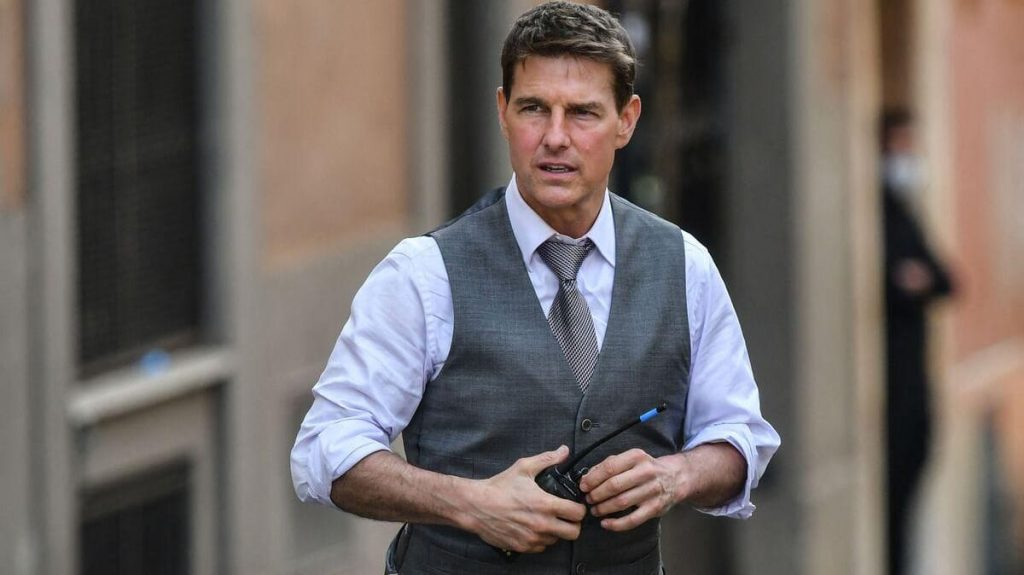 Tom Cruise's 'Mission Impossible' heist worth baggage!