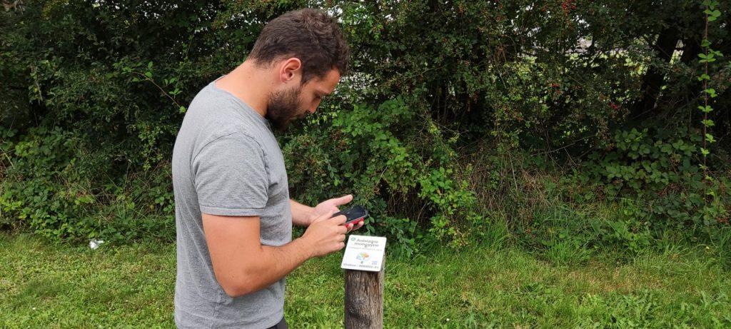 Avec l'application Rando'Clim, Alban Baudoin espère que de nombreux promeneurs rentreront des observations.