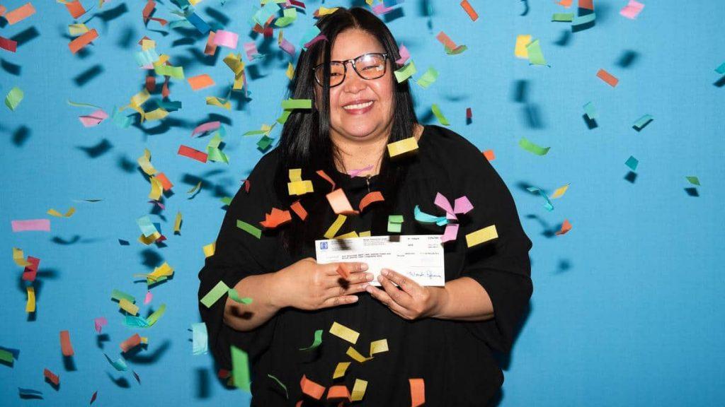 Montrealer wins $10.99 million in Lotto 6/49