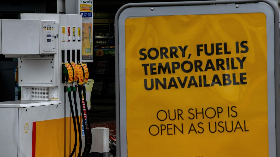 A petrol station in London's Grove Park shows that the fuel has run out.