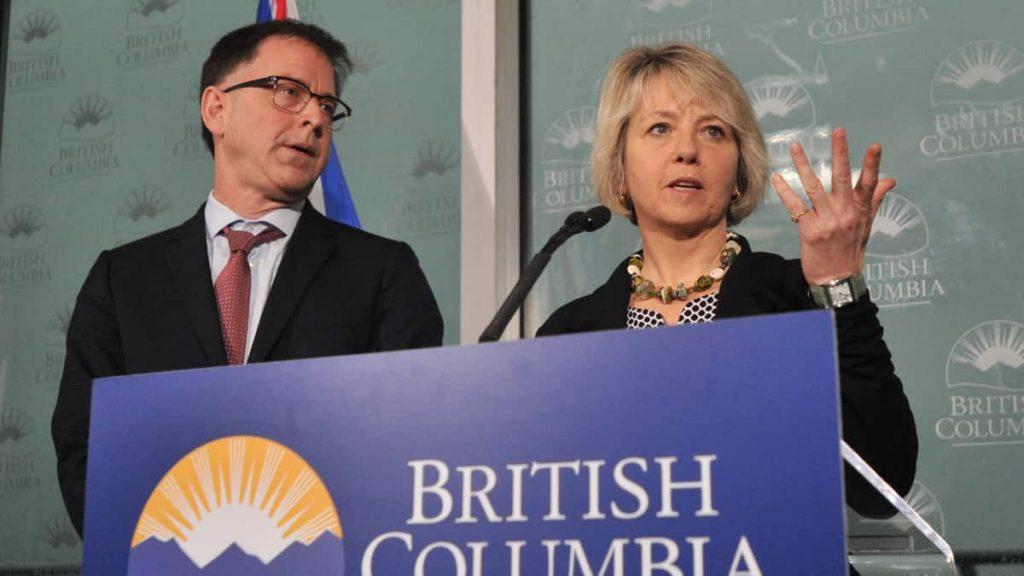British Columbia: Thousands protest against vaccine passport