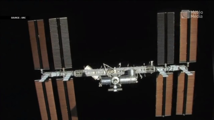 Cracks reported on the International Space Station