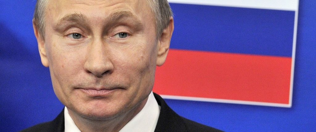 """Putin admits there are """"dozens"""" of Covid patients in his entourage"""