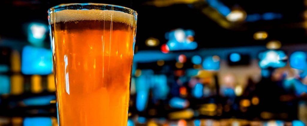 Big Party at Bell Center: A Liberal Pub Denouncing Injustice