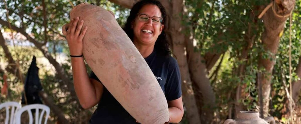 [EN IMAGES] Huge 1,500-year-old wine-producing site discovered in Israel