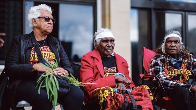 In Australia, handing over their land to aborigines