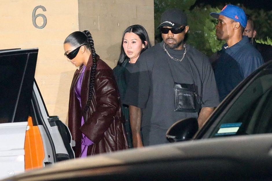 Kim Kardashian and Kanye West Dinner with Friends