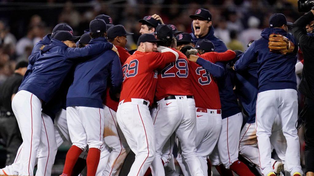 MLB: Boston Red Sox beat Yankees, advance to playoffs