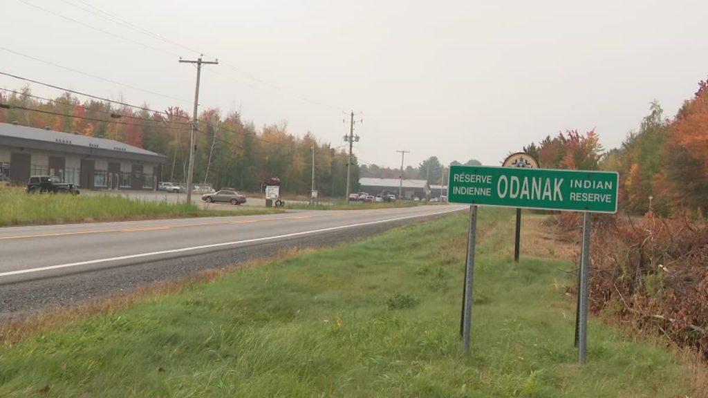 Oil site project divides Odanak . community