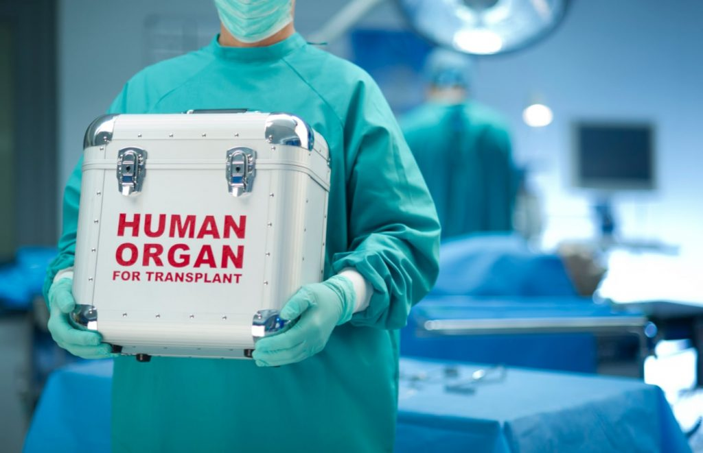 The US hospital only accepts transplants from people who have been vaccinated against COVID-19